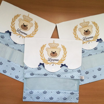 Porta roupas de bebê urso brasão