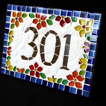 Número apartamento mosaico floral azul
