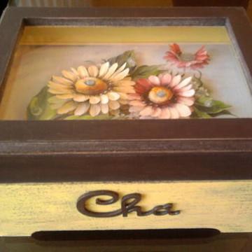 Caixa de Chá e Arte Francesa 3D