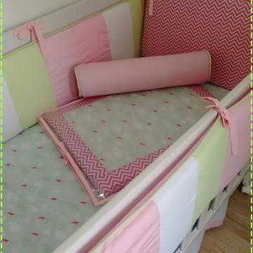 Kit berço patchwork rosa