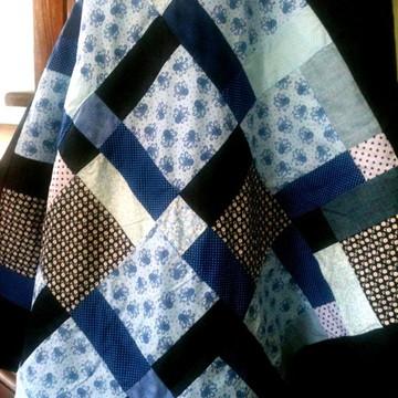 Tapete Patchwork Polvo - Azul e Branco