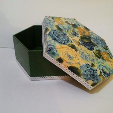 Caixa Florida verde com acabamento em Tecido -MDF
