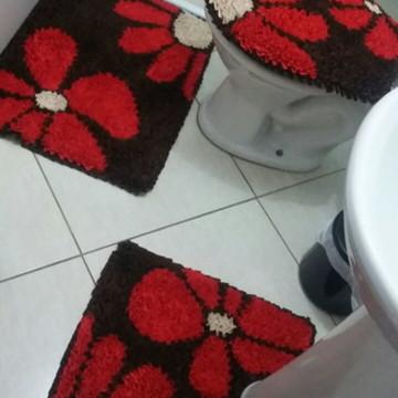 Tapete frufru de banheiro