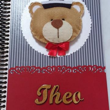 Caderno do bebê (MDF e feltro)