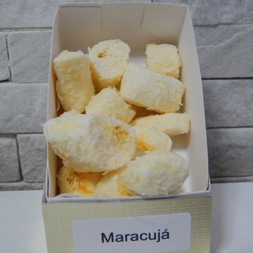 Bala de Coco sabor maracujá