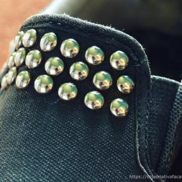 100 UND tachinhas para roupas, customização COR A CONSULTAR