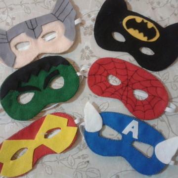 Máscara super heróis em feltro