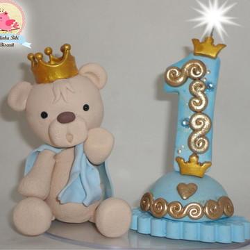 Topo de bolo urso príncipe.