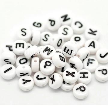 Letras branco com preto