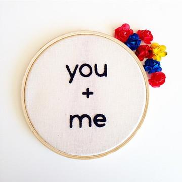Quadrinho Bordado You + Me