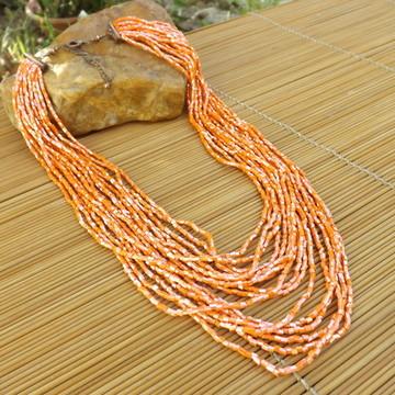 Colar de vidrilhos laranja