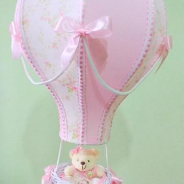 Lustre balão infantil floral rosa personalizado