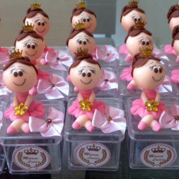 boneca bailarina rosa e dourado