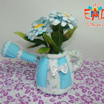 Regador de tecido com flores em EVA