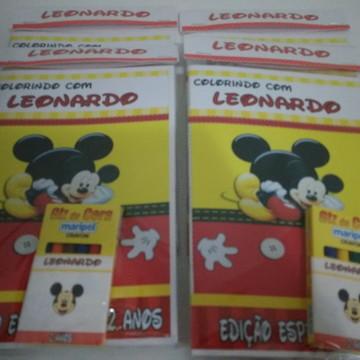 Livro de colorir com GIZ Mickey