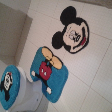 TAPETE DE FRUFRU DO MICKEY