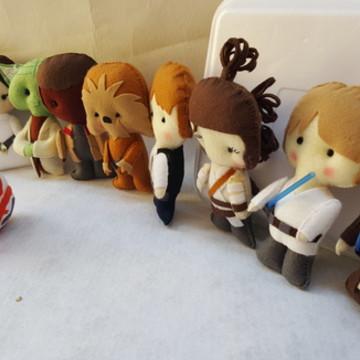 Kit Star Wars com 8 personagens