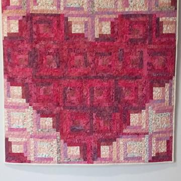 Painel patchwork em batik quiltado