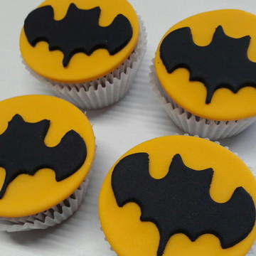 Mini cupcake Batman