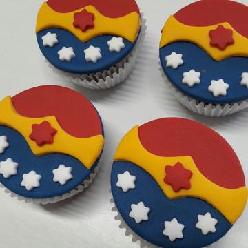 Mini cupcake Mulher Maravilha
