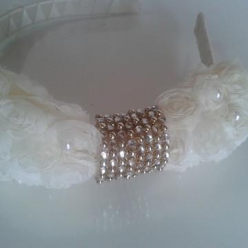 Tiara de Luxo Branca para casamento e batizado