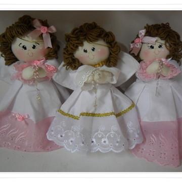 Trio duas anjinhas e um anjinho de pano