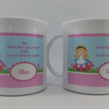 Caneca Plastica Aniversario Alice
