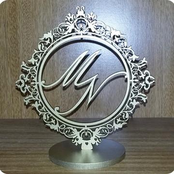 Enfeite bolo casal monograma dourado m16