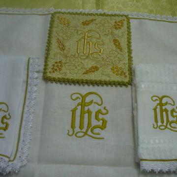 Alfaias IHS (S) Dourada