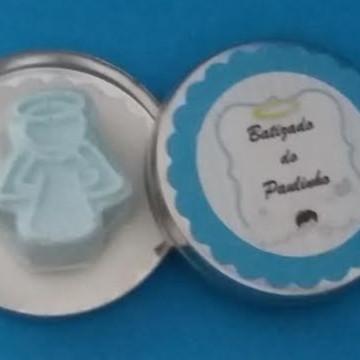 Latinha batizado azul com anjo