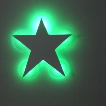 Luminária estrela com luz led verde
