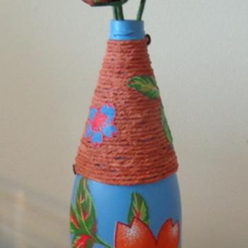 Garrafa chita2 com flores de tecido