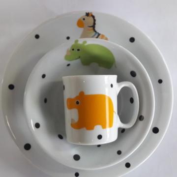 kit Bebê Porcelana com canequinha