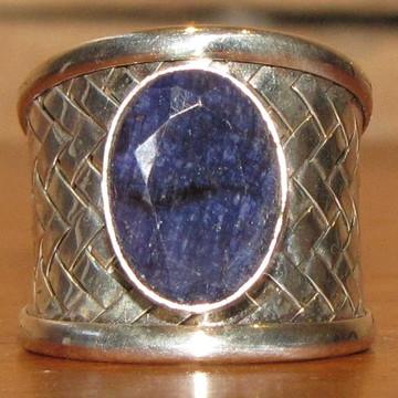 Anel de prata e safira aro 18 ajustável
