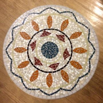 Tampo de mesa em mosaico de vidro