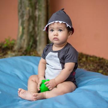 body bebê tubarão