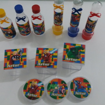 kit personalizados lego marvel