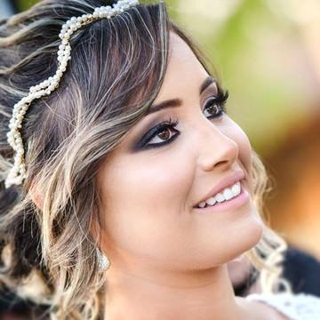Tiara de noiva dourada de pérolas