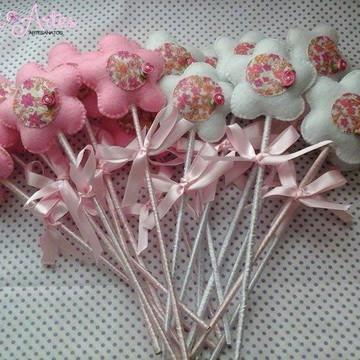 Flores de feltro no palito