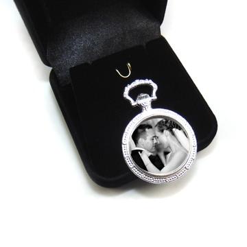 Medalha Relicario para Lapela ou Buquê