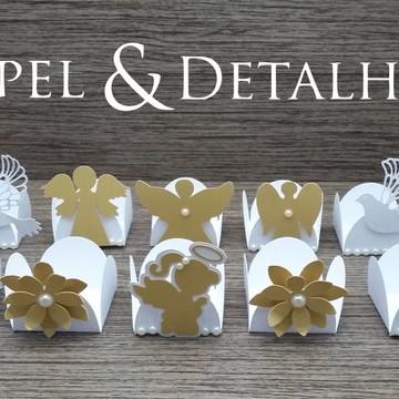 Forminhas Batizado Branco e Dourado