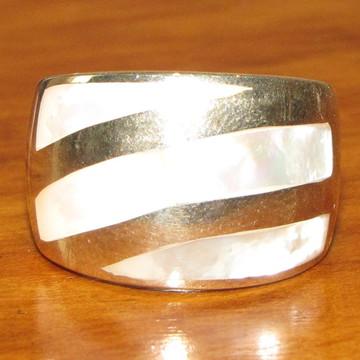 Anel de prata e madrepérola Aro 16
