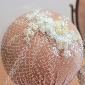 Voilette Floral Rebordado Pedrarias