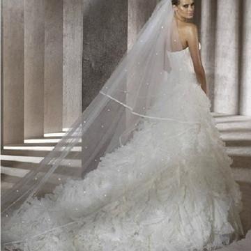 Véu de noiva - 2 camadas - Cetim e pérolas
