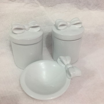Kit Higiene laço porcelana