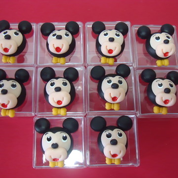 LEMBRANCINHA EM BISCUIT MICKEY E MINNIE