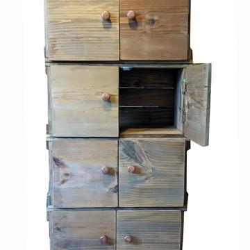 Estante de 4 caixotes com porta