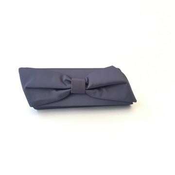 Clutch Azul de festa laço diagonal