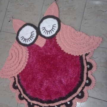 Tapete Crochê Coruja Rosa 85 Cm Diâmetro
