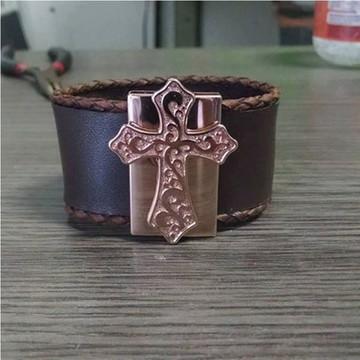 Bracelete com Cruz - Detalhes